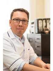 Mr Cyrille Bonnard BSc. TCM (Acupuncture) - Practice Therapist at Equilibre Acupuncture