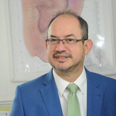 Dr Alvaro Ramirez