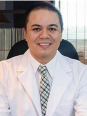 Acupuncture Philippines Manila Clinic of Dr. Noel Zosa L.Ac. - Licensed Acupuncturist Noel Zosa