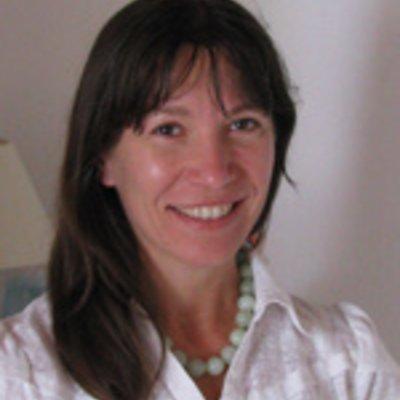 Miss Carole Duménil