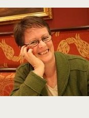 Elma McElligott LAc Acupuncture Space Clinics - The Courtyard Clinic - The Cross, London Road, Crowborough, TN6 2TT,
