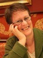 Elma McElligott LAc Acupuncture Space Clinics - The Courtyard Clinic - The Cross, London Road, Crowborough, TN6 2TT,  0