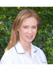 Barefoot Medicine International - Simone J Davis BSc BA MBAcC MRCHM LicAc