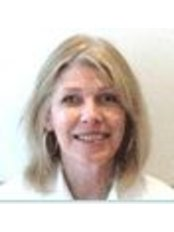 Ms Francesca Cairns - Practice Therapist at Ginger Natural Health