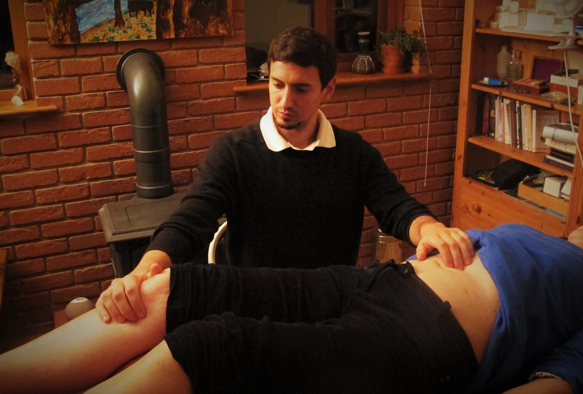 Nick Lowe MSc Acupuncture and Massage Didcot
