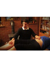 Nick Lowe MSc Acupuncture and Massage Didcot - Acupuncture