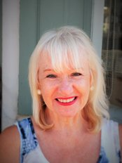 Ms Sheila Kleinmann - Practice Therapist at The Traditional Acupuncture Centre