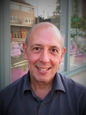 Mr Dean Lander - Practice Therapist at The Traditional Acupuncture Centre