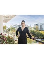 Dr Louise Gore-Jones - Doctor at Queensland Bariatrics