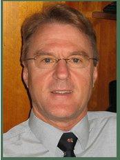 Perth Obesity Surgery - Perth -  Dr. Chris Couch  Laparoscopic, Bariatric & General Surgeon M.B. B.S., FRACS, FRCS (Glas.)