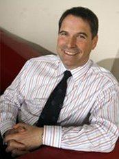 Dr David Hewin - Surgeon at Auralia - Limerick