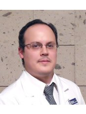Dr Antonio  Olivares - Surgeon at Dr. Omar Fonseca