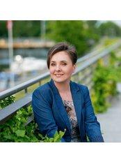 Dr. Marta Wilczyńska-Staniul - Chirurgin - KCM Clinic