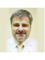 Dr. Wojciech Patkowski - Chirurg - KCM Clinic