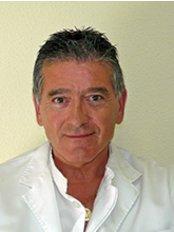 Dr. Toledo-Pimentel Víctor - Alicante Station Medical Center - Calle Pintor Cabrera, 8, Alicante, 03005,  0