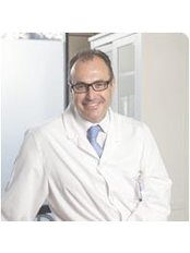 Dr Miguel Ángel Escartí - Surgeon at ClínicaEscartí - Madrid