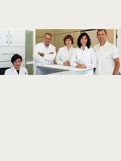 ClínicaEscartí - Madrid - Hospital Virgen de la Paloma S.A. Consultas 3 y 5 (2º piso), Calle Loma 1, Madrid, 28003,