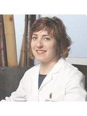 Miss Isabel Rubio Gavidia - General Practitioner at ClínicaEscartí - Murcia