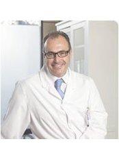 Dr Miguel Ángel Escartí - Surgeon at ClínicaEscartí - Murcia