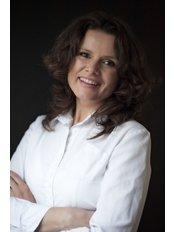 Ms Vladimira Salingova - Nutritionist at Antalya Obesity Center - Prof. Dr. Nurullah Bulbuller