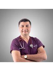 Mr Dr. Yilmaz - Surgeon at HealinTurkey Premium Clinic Antalya