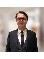 Dr. Bora Koc - Chirurg - Istanbul Bariatric Center