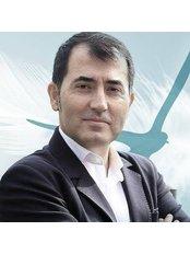 Herr Murat USTUN - Verwaltungsteamleiter - Istanbul Bariatric Center