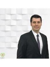 Dr Erkan Yardimic -  at Bariatrik Lab