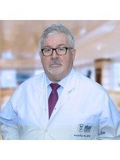 Prof. Ömer Necip Aytuğ - Arzt - Hisar Intercontinental Hospital