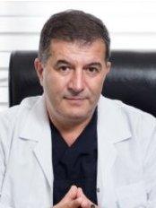 Prof. Dr. Haluk Ünalp - Ali Çetinkaya bulvarı 31/8, Alsancak, Izmir,  0