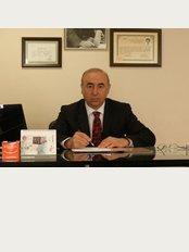 Dr. Ahmet Tekin - İstiklal Cd. No:196, Mersin, 33010,