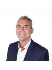 Dr Simon Dexter - Surgeon at Tonic Weight Loss Surgery Derby
