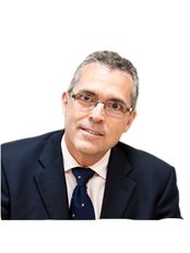 Dr Simon Dexter - Doctor at East Midlands Bariatric Surgeons - Leicester