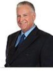 Dr Ken Hollis - Surgeon at True Results - Red Oak