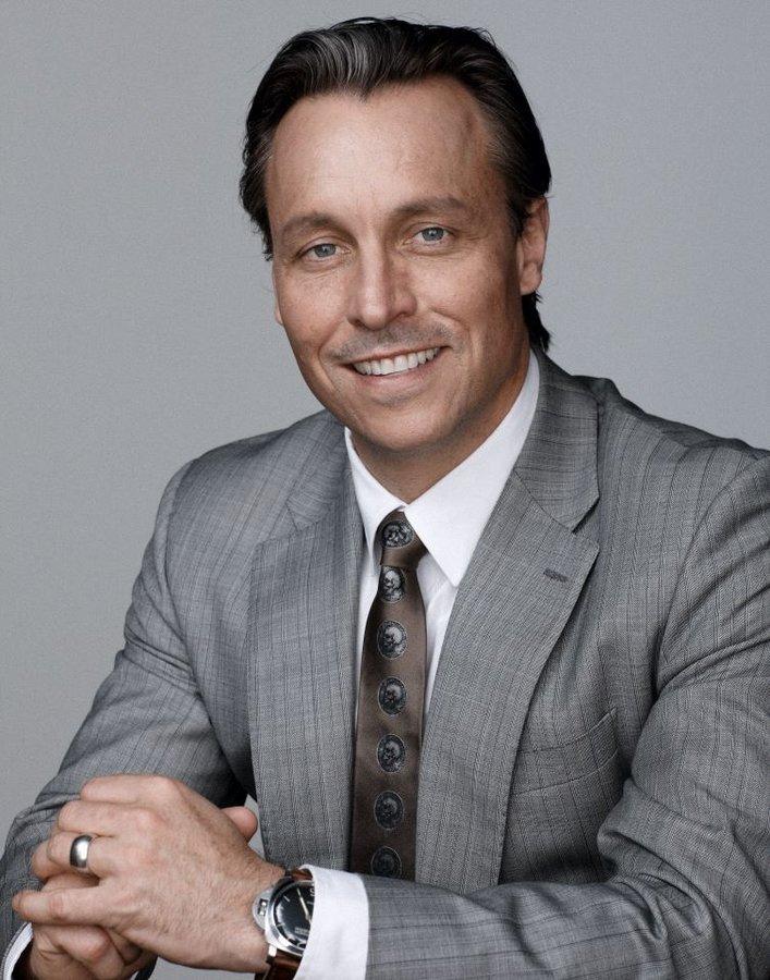 Dr William Mooney - Face Plus MediSpa