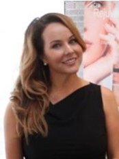 Kelly Rodriguez - Chief Executive at Longevity Lounge Esthetics Mobile Clinic - Double Bay