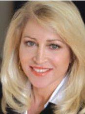 Ada Cosmetic Medicine - Dr Lesley-Jayne Wild