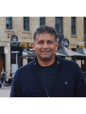 Dr Pramod Parmar - Doctor at Naked Skin Clinic