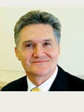 Gabba Dermatology - Dr Robert Sinclair