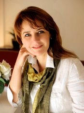 Dr Tracey King - General Practitioner at Cosmetic Images