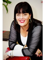 Mrs Sheri-lee Knoop - Practice Director at Cosmetic Images