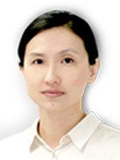 Dr Maxine Wong -  at Skin Med Laser Clinic
