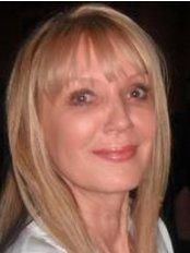 Dr Lenka Kucerova -  at MedAesthetics