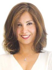 Ms Sheller Roshankar -  at Dermatech Laser Clinic