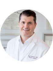 Dr Karl Schwarz - Doctor at Espace MD