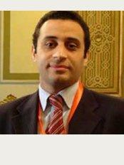 Cosmetica Hair Clinic - 19 El Batal Ahmed Abdel-Aziz, Giza,