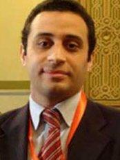 Cosmetica Hair Clinic - 19 El Batal Ahmed Abdel-Aziz, Giza,  0