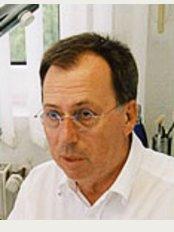 Epilux-Zentrum - Dr. med. Michael Feldmann - Rellinghauser Str. 304, Essen, 45136,