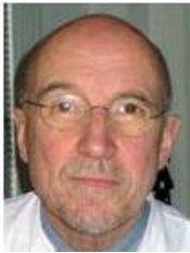 Dr Hans Joachim Born - Doctor at Aerzte - Und Laserzentrum - Frankfurt