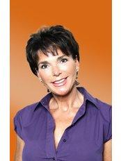 Dr Susanne Friedmann -  at The Expertise for Aesthetic Medicine Boslet